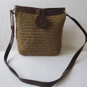 Fossil Woven Brown Crossboby with Wooden Key